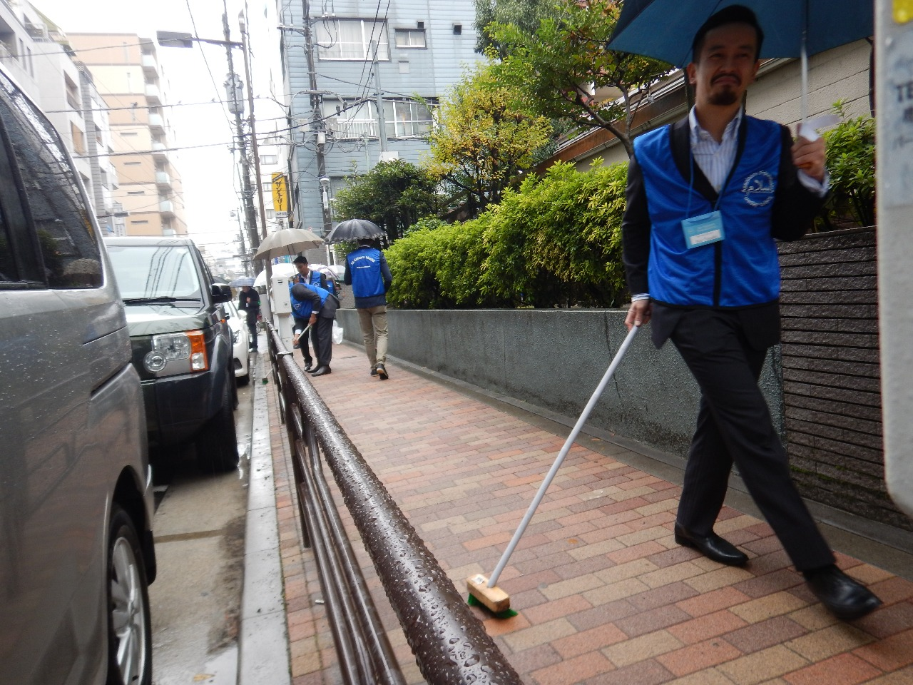 road cleaning 1